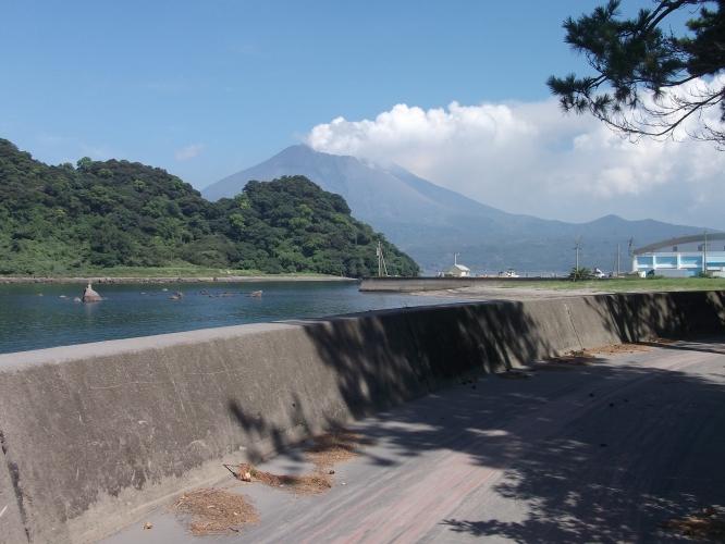 公家石から見た桜島