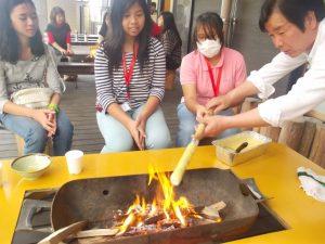 バームクーヘンを焼いています