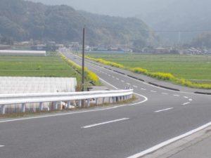 垂水フェリ―から猿ヶ城への一本道