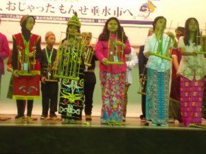 インドネシアの民族衣装